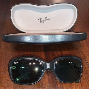 RAY BAN. jackie ohh style polarized sunglasses.